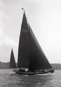 1947 Beken Cowes to Cherbourg 26513-web-hi-res