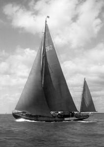 1949 Beken Morgan Cup 28862-web-hi-res