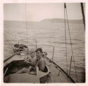 Scan  yacht DESIRE 1954